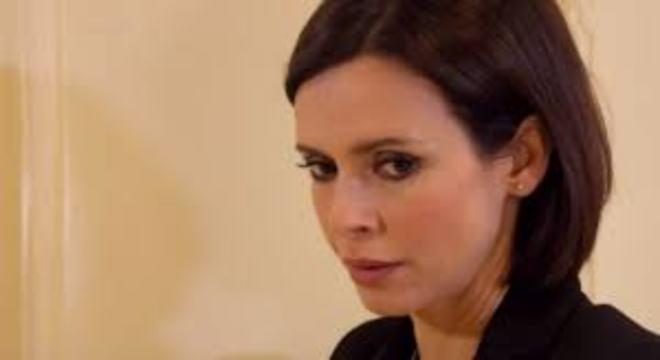 Un posto al sole, anticipazioni: Elena farà una scoperta shock, il ritorno di Prisco
