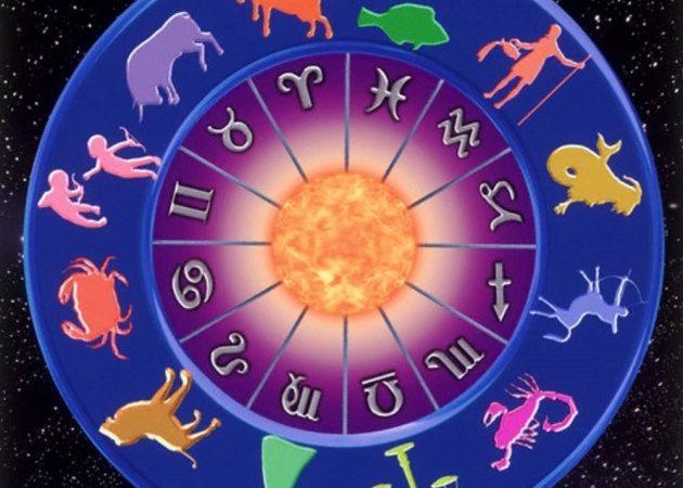 Oroscopo del weekend, 8 e 9 dicembre: Sagittario e Capricorno favoriti