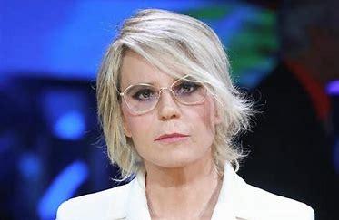 """""""Uomini e Donne""""  puntata di oggi 19 aprile, litigi fra i concorrenti"""