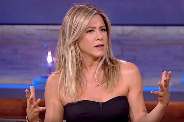 Jennifer Aniston in quarantena Beh, suggerisco una buona pulizia primaverile già che ci siamo. Non può far male