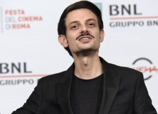 Fabio Rovazzi dà l'ultimo saluto al nonno morto per il Coronavirus